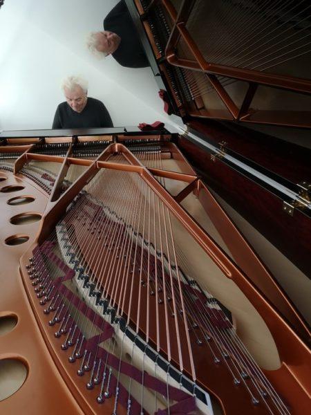 Peter Wolf am Klavier zu erleben, ist ein wahrer Genuss. (Foto Hedi Grager)