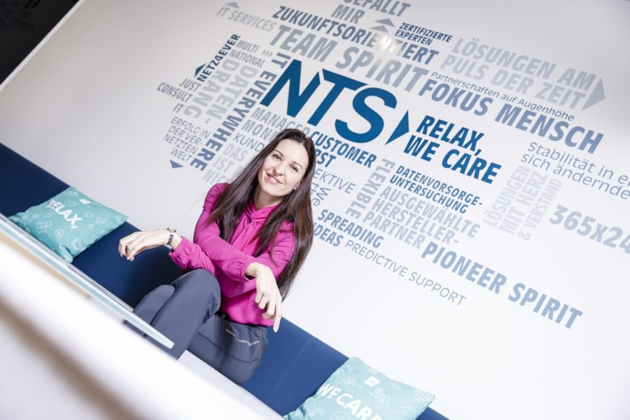 "Petra Seewald studiert neben ihrem Beruf seit 2018 auch an der LIMAKAustrian Business School in Linz'""International Management MBA"". (Foto Thomas Luef)"