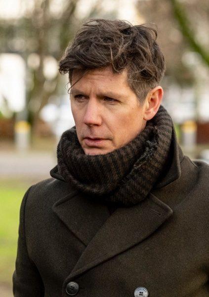 Schauspieler Thomas Clemens könnte es sich auch gut vorstellen, hinter der Kamera zu agieren. Foto ZDF / Martin Rottenkolber)