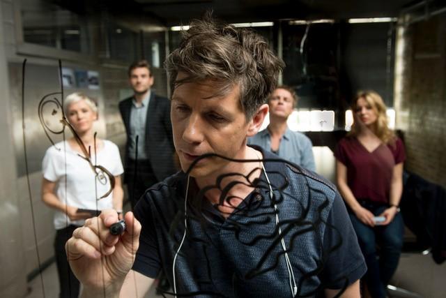 Seit 2005 ist Thomas Clemens in der Serienrolle des Gerichtsmediziners Dr. Philip Kraft bei der ZDF-Krimiserie SOKO Köln zu sehen. (Foto ZDF / Martin Rottenkolber)