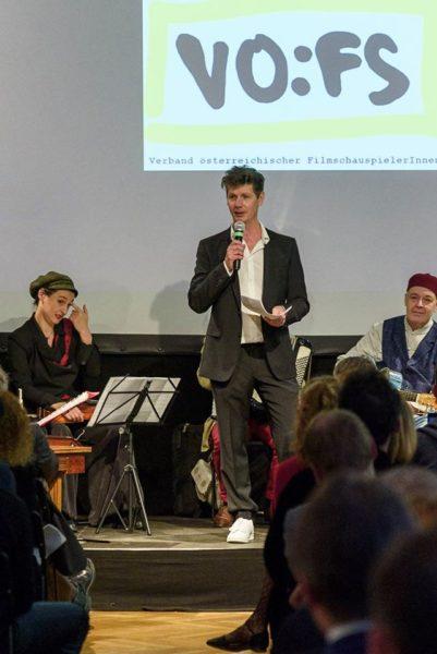 Thomas Clemens spricht bei der 25-Jahr-Feier des VÖFS. (Foto Jonathan Salzer)