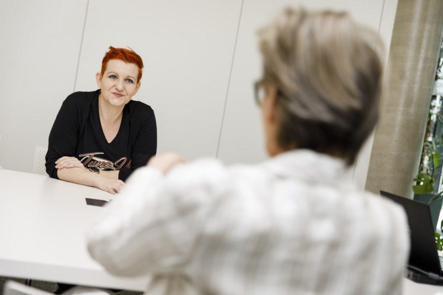 """Martina Schwinger: """"Ich habe meine Passion in meinem Job gefunden, ein Umfeld zu schaffen, in dem sich Menschen entwickeln können."""" (Foto Thomas Luef)"""