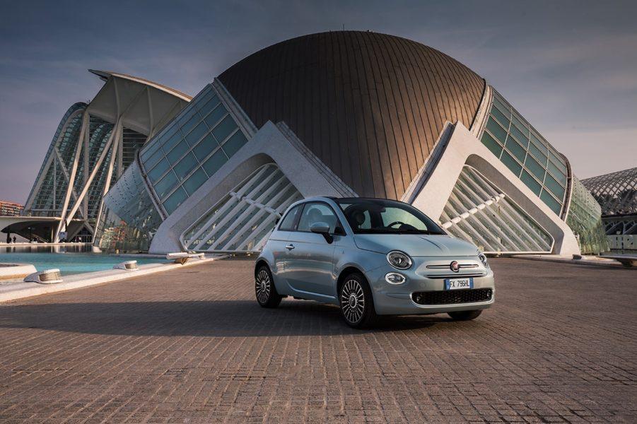 Die Fiat 500 Modelle sind elegante und stylische Stadtautos (Foto VOGL + CO)
