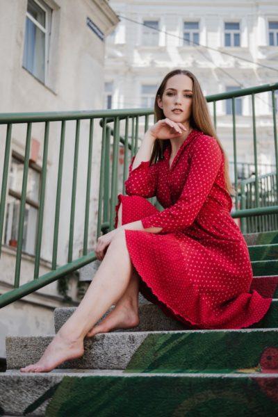Für das Shooting mit Sarah Kühschweiger agierte Modelmanager Dominik Wachta höchstpersönlich als Stylist, Fotograf war Daniel Schaler, für Make Up und Hairstyling zeichnete Jennifer Brilliante verantwortlich. (Foto Daniel Schaler)