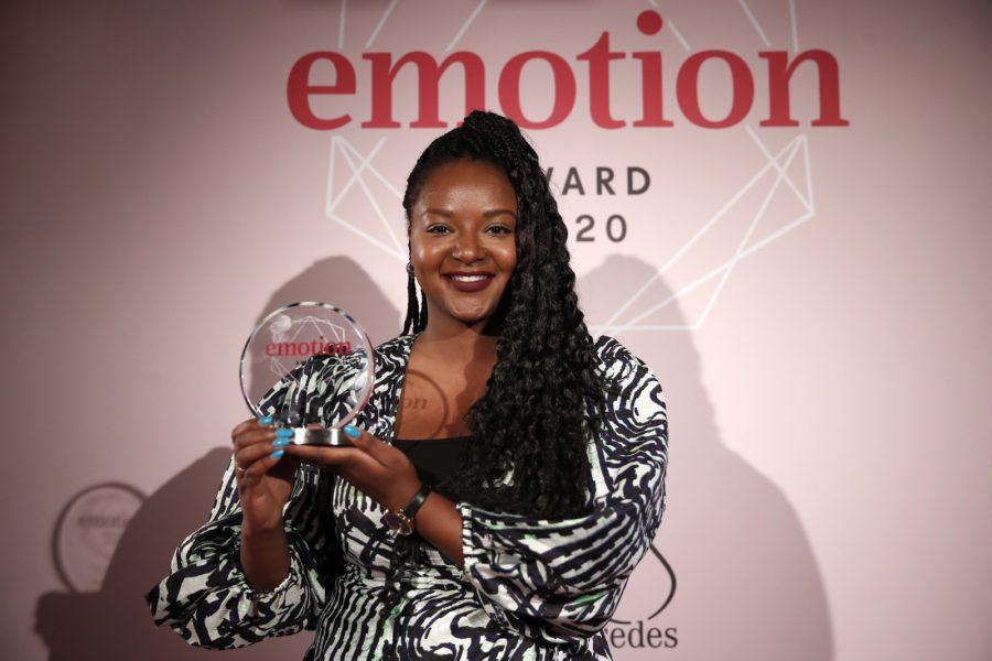 """EMOTION.award 2020: In der Kategorie """"Frau der Stunde"""" wurde diePolitikwissenschaftlerin und Romanistin Aminata Touré ausge-zeichnet. (Photo by Franziska Krug/Getty Images for Emotion Award)"""