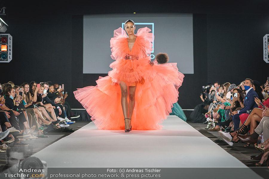Modenschau von Designer NikoNiko im Rahmen der MQ Vienna Fashion Week. (Foto Andreas Tischler)