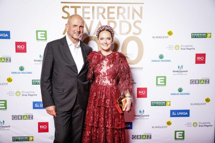 Zur STEIRERIN AWARDS Gala kam auch Designerin Eva Poleschinski mit ihrem Mann Oliver. (Foto Thomas Luef)