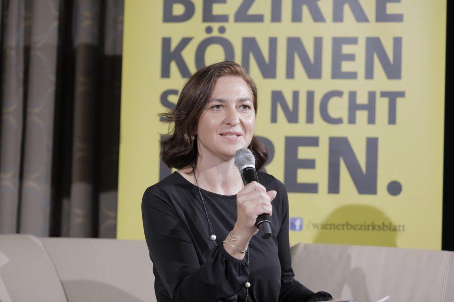 Aus den 43 Finalisten ermittelte eine 19-köpfige Expertenjury unter der Leitung von Fachjournalistin Ines B. Kasparek die Sieger in 12 Kategorien. (Foto Stefan Diesner)