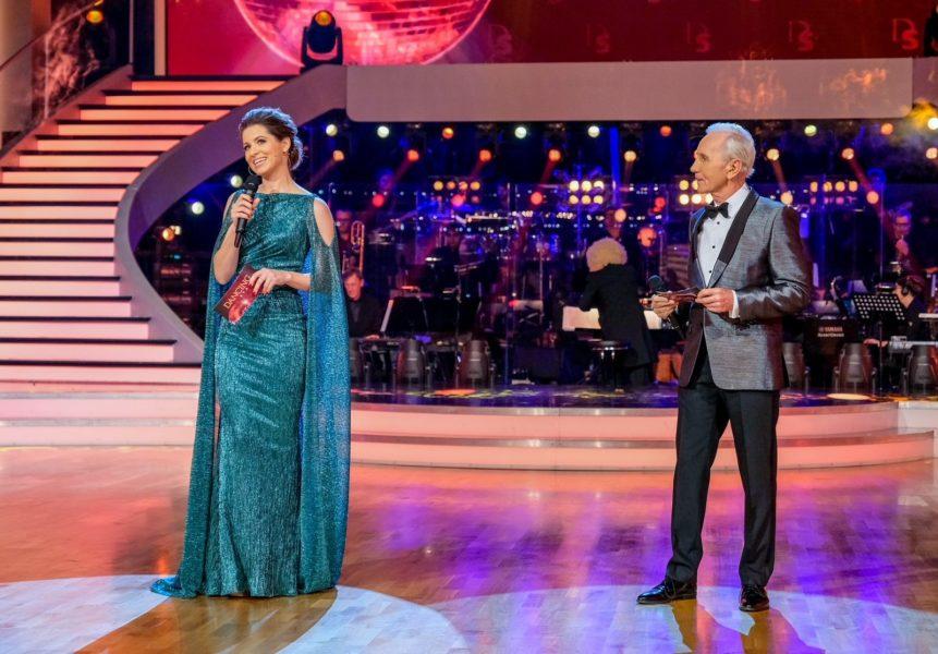 Kristina Inhof moderiert gemeinsam mit Klaus Eberhartinger die ORF Dancing Stars. (Foto ORF/Hans Leitner)