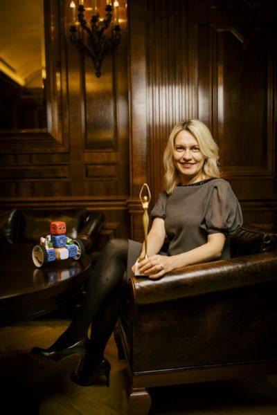 """Anna Larotska erhielt den Award in der Kategorie """"Digital Hero"""". Sie bringt als Gründerin von Robo Wunderkind vor allem Mädchen das Programmieren näher. (Foto Stefan Diesner)"""