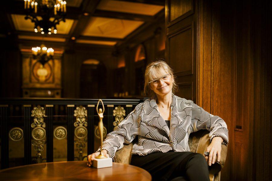 """Den Publikums-Preis """"Enterprising Vision"""" erhielt Manuela Födinger. Die Leiterin des Instituts für Labordiagnostik am Kaiser-Franz-Josef-Spital hat den Gurgeltest zum Nachweis des Coronavirus entwickelt. (Foto Stefan Diesner)"""