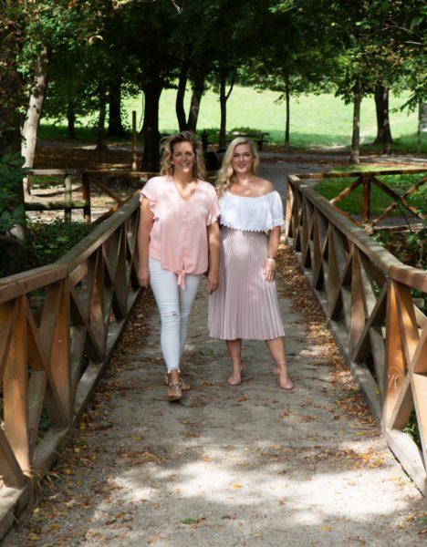 """Das Motto von Susanne Mathurin und Ingrid Diem war stets: """"Es gibt keine verlorenen Abende! Es gibt nur tolle Dates oder tolle Erkenntnisse!"""" (Foto Eszter Strobl)"""