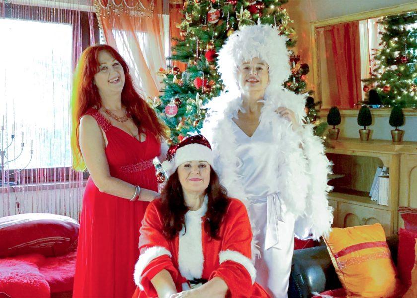 """Die """"Tussi Cats"""" Daniela Haag, Gabriella Mühlbauer und Andrea Buday brachten einen fröhichen Weihnachtssong heraus. (Foto Tussicats)"""