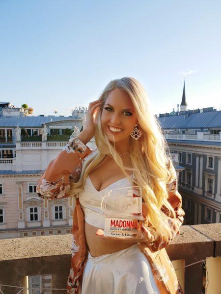 """Miss Vienna Beatrice Körmer gewann 2020 den Madonna Blogger Award in der Kategorie """"Society & Lifestyle"""". (Foto privat)"""