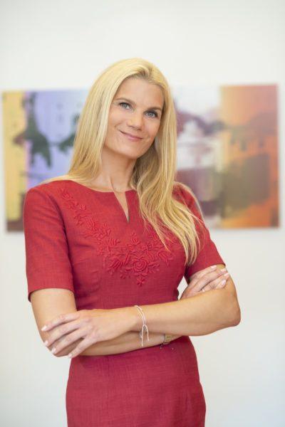Mag. Sabine Skorka leitet das Bankaus Spaengler in Graz. (Foto Fischer)