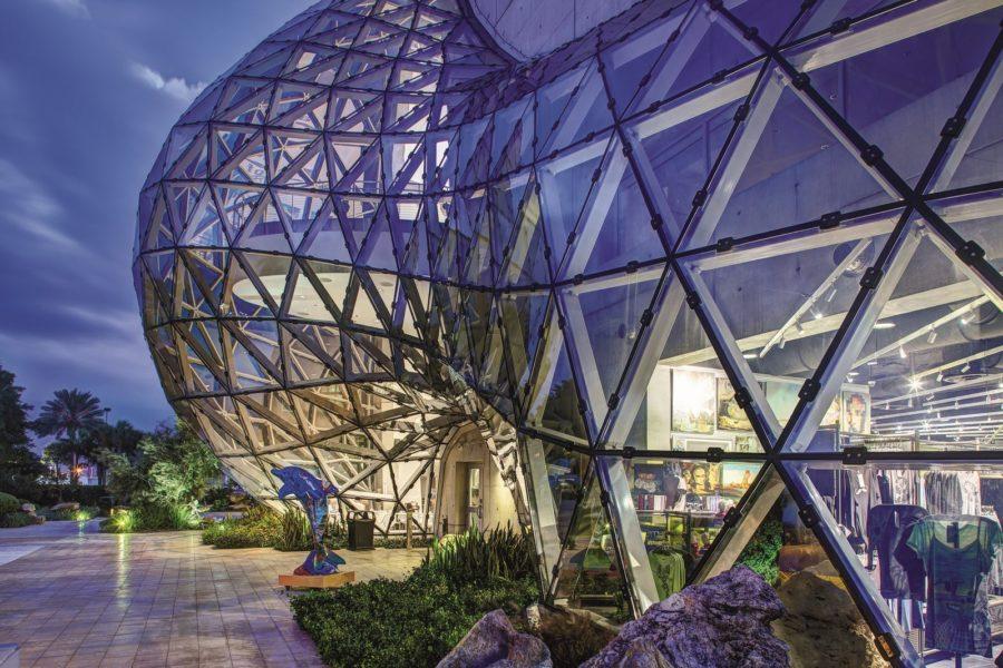 Das architektonisch beeindruckende Dalí Museum in St. Pete/Clearwater feiert 10-jähriges Jubiläum.(Foto visitstpeteclearwater.com)