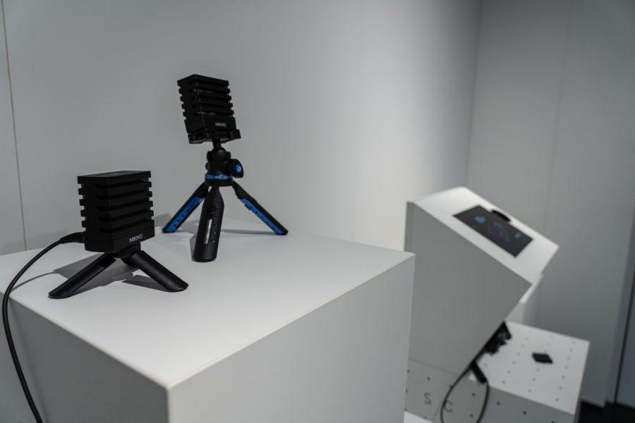 """Von smarten Audio-Recordern über programmierbare Spielzeug-Roboter bis zu trendigen Kopfhörern: """"Senses by Neuroth"""" setzt auf innovative Gadgets aus dem Tech- und Akustik-Bereich. (Foto Neuroth)"""