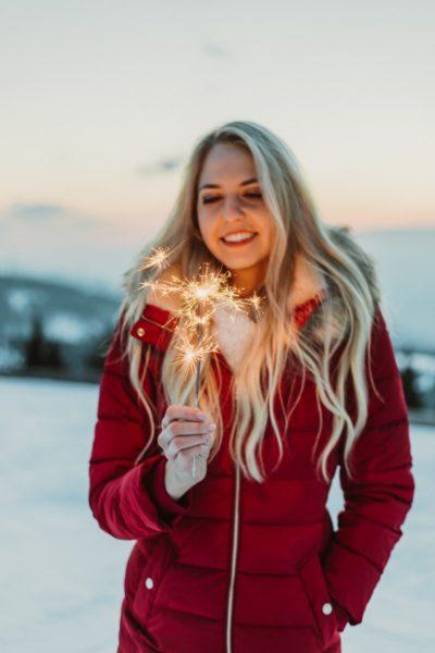 """Der Weihnachtssong """"Once a year"""" von Beatrice Körmer wird am 5. November erscheinen, das Musikvideo wird dann in der Weihnachtszeit auf etwa 8 TV Sendern zu sehen sein. (Foto www.chaluk.com)"""