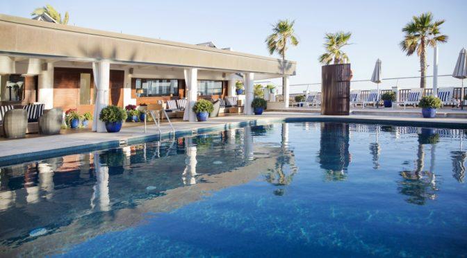 """""""Abiertos"""" heißt es aus dem Hotel Portixol auf Mallorca"""
