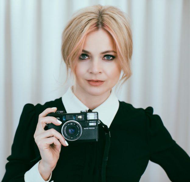 Im April wird die erfolgreiche Filmemacherin Eva Lanska einer der Hauptredner auf dem virtuellen Global Content Creators Showcase sein. (Photos Courtesy of Eva Lanska)