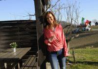 """Agenturchefin und Kommunikationsexpertin Christina Dow ist federführend beim Projekt """"APERITIVO – die italienisch-steirische Pop-up-Bar an der Weinstraße"""". (Foto Apresvino)"""