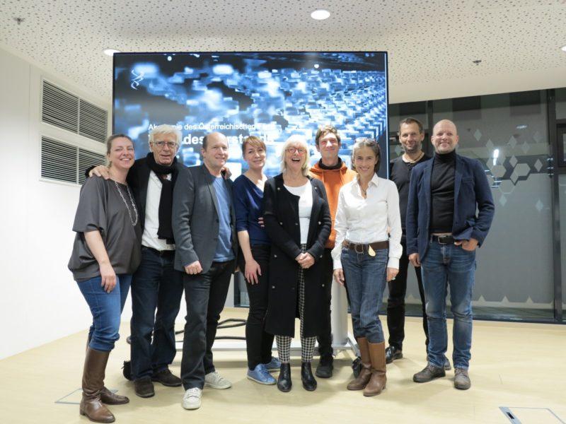 Vorstand der Akademie des Österreichischen Films 2021: Karin C. Berger, Fritz Fleischhacker, Gerhard Ertl, Claudia Wohlgenannt, Birgit Hutter, Andreas Kiendl, Mercedes Echerer, Martin Gschlacht, Thomas Kürzl. (Foto AOEF)