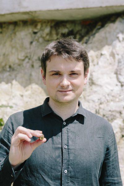 Den Preis für den besten Kurzspielfilm der Diagonale'21 erhielt Maximilian Conway für Liebe, Pflicht & Hoffnung. (Foto Diagonale/Sebastian Reiser)