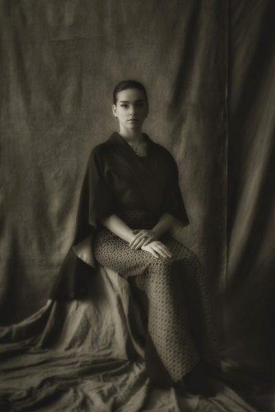 Star-Fotografin Inge Prader setzte in der Klimt Villa Lili Paul-Roncalli ins rechte Bild.(Foto Inge Prader)