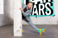 """Ralf Schmitz stellt ab 3. September in seiner neuen SAT.1-Show """"Paar Wars"""" Paare auf die Probe. (Foto SAT.1/Boris Breuer)"""