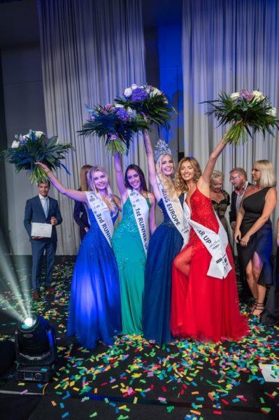 Sie strahlende Gewinnerin MISS EUROPE Beatrice Körmer mit ihren Stellvertreterinnen Carla Jacob (Frankreich), Diana Myronenko (Ukraine) und Sandra Guzek (Polen). (Foto Walter Tremmel)