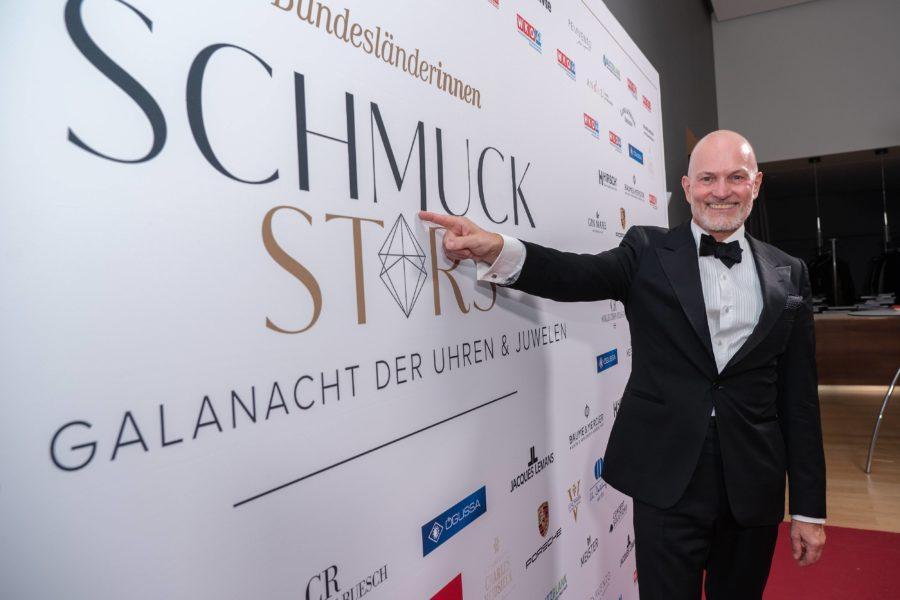 """Schmuckstars Awards 2021: """"Die zahlreichen imposanten Einreichungen bei den 'Schmuckstars'-Awards haben einmal mehr bewiesen, dass Uhren- und Schmuckhändler in Österreich über großartiges Know-how und herausragende handwerkliche Fähigkeiten verfügen"""", soLerner. (Foto Andreas Tischler)"""