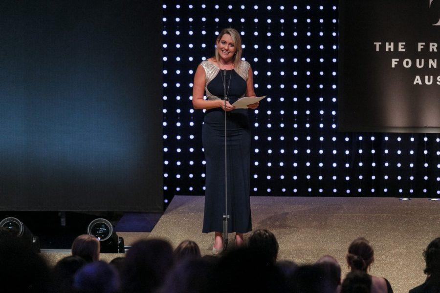 DUFTSTARS Gala 2021: Die Laudatorin für den Ehrenpreis Marlene Auer, Chefredaktuerin Freizeit. (Foto Philipp Lipiarski)