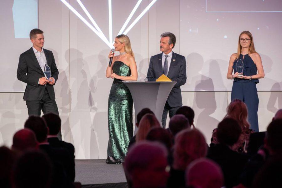 Schmuckstars Awards 2021: Lehrling des Jahres ist David Zehetner (Schmuckwertkstatt Emmerstorfer). Silvia Schneider, Figl und Domandl (ROuRO Uhrenhandwerk). (Foto Andreas Tischler)
