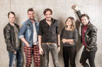 """Die Band """"Alle Achtung"""" spielt bei der Creos-Verleihung in Villach. (Foto drbaumi)"""