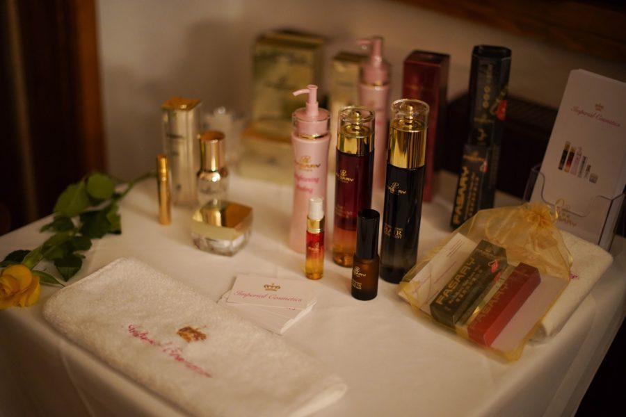 Imperial Cosmetics wurde 2019 von Marina Sophie Flasch und Jörg Öfferl gegründet, um hochwertige, exklusive und einzigartige Produkte rund um das Thema Haut- und Haarpflege Kosmetik anzubieten. (Foto Imperial Cosmetics)