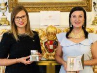 Imperial Cosmetics Gründerin Marina Sophie Flasch mit Brand Ambassador Herta Margarete Habsburg Lothringen. (Foto Imperial Cosmetics)